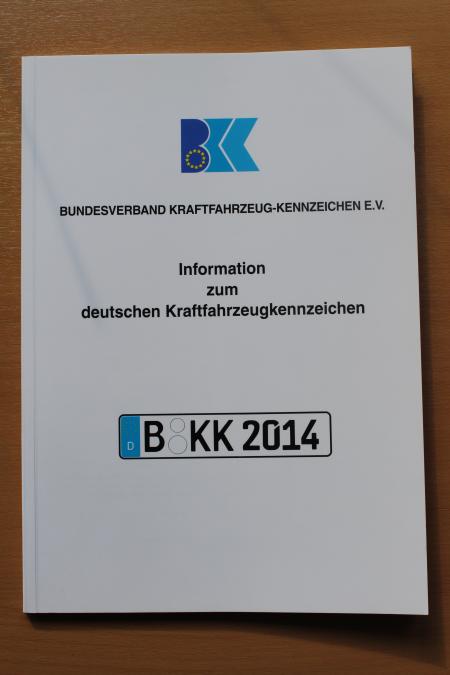 Broschüre: Information zum deutschen Kraftfahrzeugkennzeichen